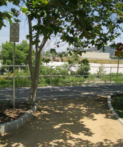 LA River Trail: Facing Downstream from Marsh Park