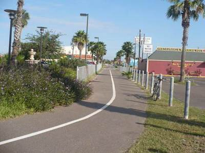 Trail after the Boca Chica Boulevard crossing