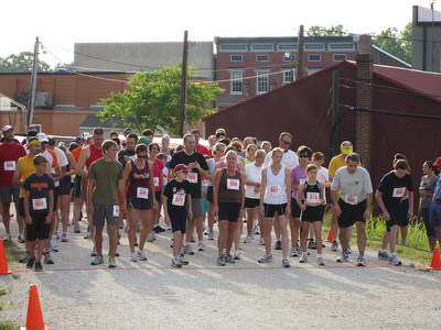 Annual National Trails Day 5K Race on High Bridge