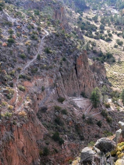 The Frey Trail switchbacks out of Frijoles Canyon and leads to Juniper Campground. Photo by Sally King courtesy NPS.