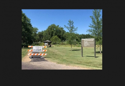 Maintenance on the Cottonwood Path. Photo by Oahe Downstream Rec.