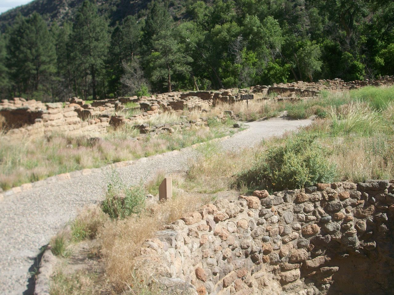 photo: Remnants of Tyuonyi Pueblo in Frijoles Canyon. Photo by By VitaleBaby.