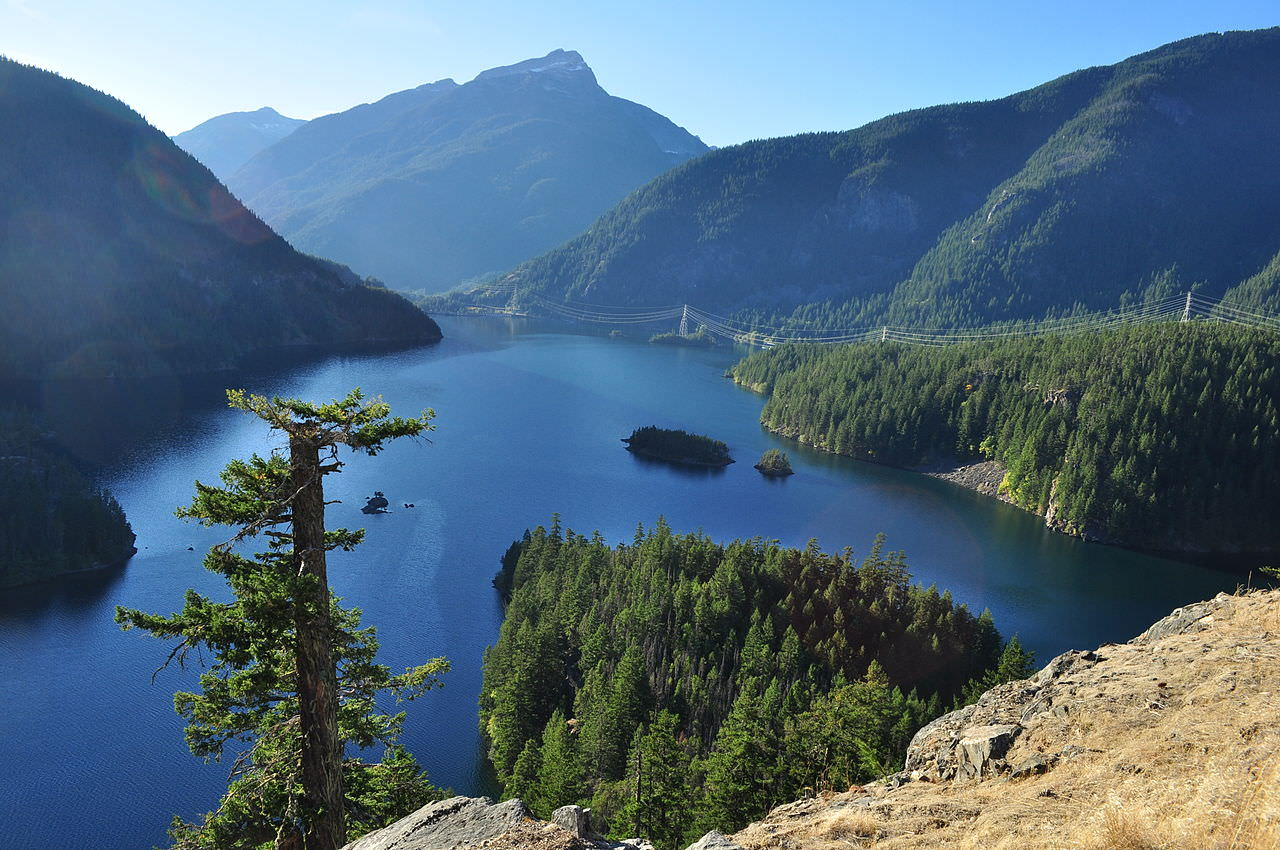 photo: Diablo Lake from Diablo Lake Overlook on SR-20 east of Newhalem, Washington, USA. Photo by Joe Mabel/wiki.